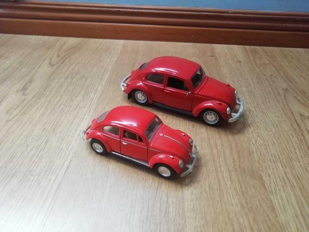 Miniaturas VW carocha e pão de forma