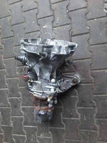 КПП коробка передач Audi A6 VW Passat B5 2.5 tdi 6 ст AEK