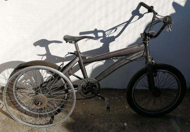 bicicleta de manobras , roda 20 bom estado