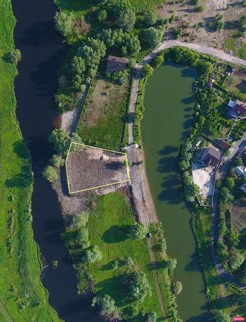 Участок на берегу реки в Гнедине / Ділянка на березі річки у Гнідині