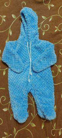 Продам теплые плющевые костюмы,человечки