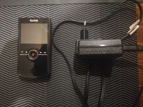 Kamera Aparat Kodak Zi8