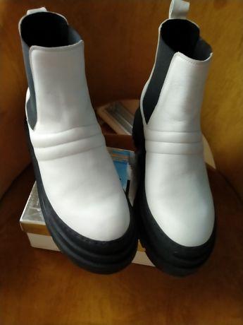 Продам ботинки Челси кожа