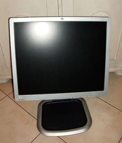"Monitor ""HP"" 19 cali model L1950g"