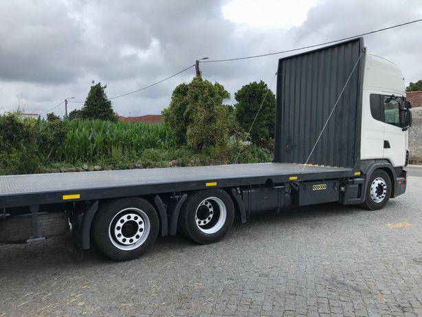 Scania V8 144L 460 6X2