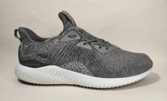 Кроссовки Adidas Alphabounce оригинал в хорошем состоянии