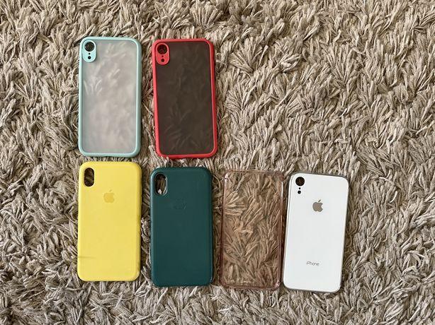 Чехлы iPhone XR