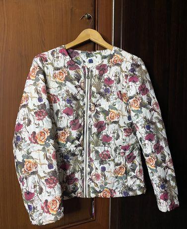 Лешкая курточка Koton в цветочку