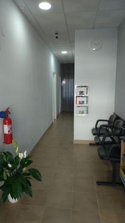 Cedência de sala em gabinete terapêutico