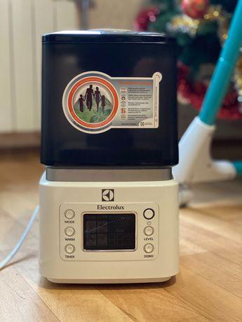 Увлажнитель воздуха ультразвуковой Electrolux EHU-3515D