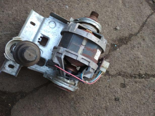 Мотор на стиральную машинку selni u2.50.45