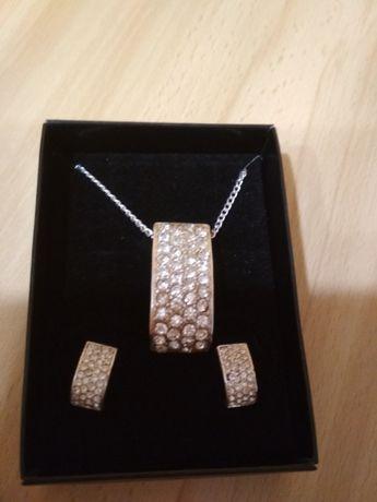 Komplet biżuterii z cyrkoniami