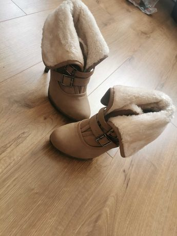 Buty zimowe, botki ocieplane, R. 38