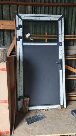 Drzwi ALUMINIOWE 1115 X 2190