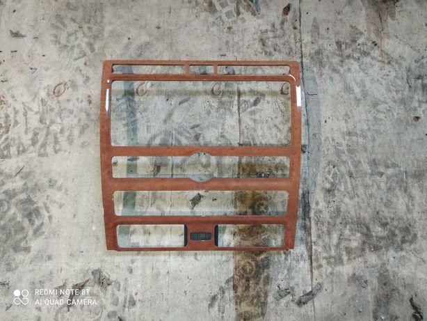 Ramka radia VW Phaeton