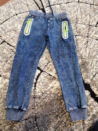 Spodnie chłopięce 116