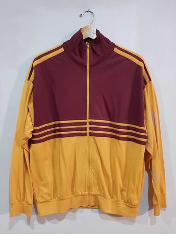 Casaco vintage vermelho e amarelo com riscas tipo Adidas