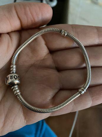 O pulseira Pandora original