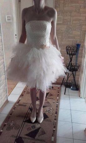Sukienka pudrowa tiulowa z koralikami wiązana wesele ślub 36/38 pióra