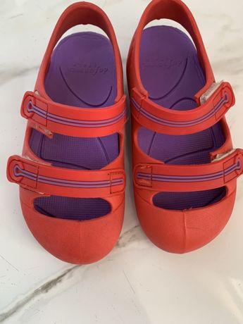 Sandałki jak Crocs włoskie na rzepy rozm.27 dziewczęce