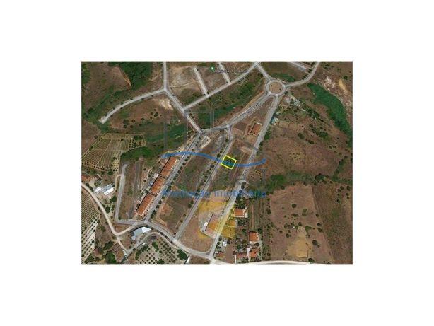 Terreno para construção de moradia - Localizado em Alenquer