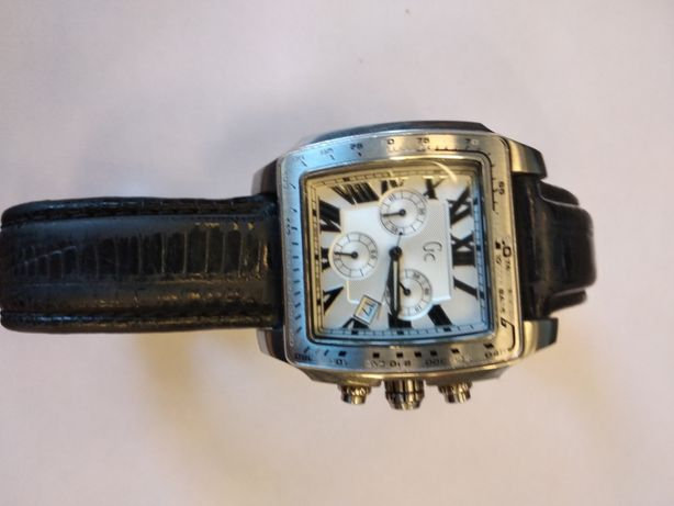 Продам часы GUESS GC 30007GB