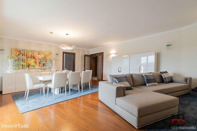 Apartamento T4 Venda em Gondomar (São Cosme), Valbom e Jovim,Gondomar
