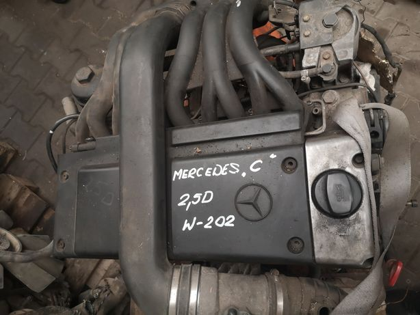 Silnik Mercedes c-klasa w 202 2.5d
