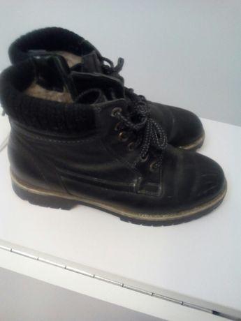 Жіночі черевики зимові