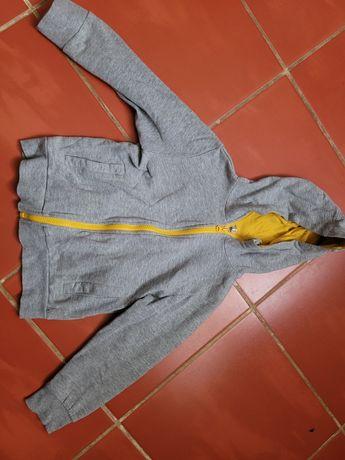 Bluza chłopięca rozpinana z kapturem 122r