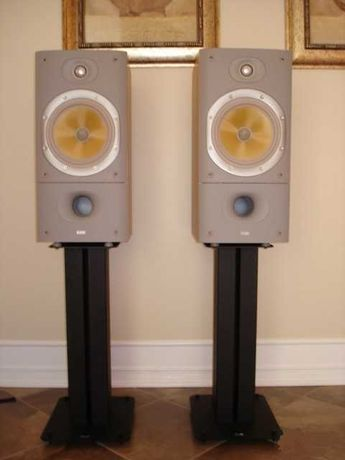 B&W 602 S3 + Suportes B&W STAV + Audiolab 8000S + QED Silver