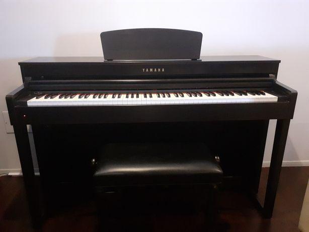 Piano Digital Yamaha CLP-430