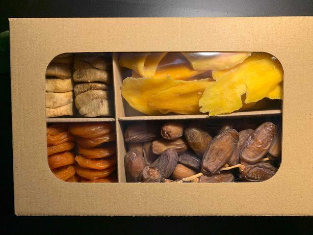 наборы орехов и сухофруктов для дома/офиса/на подарок 1кг - 254 грн