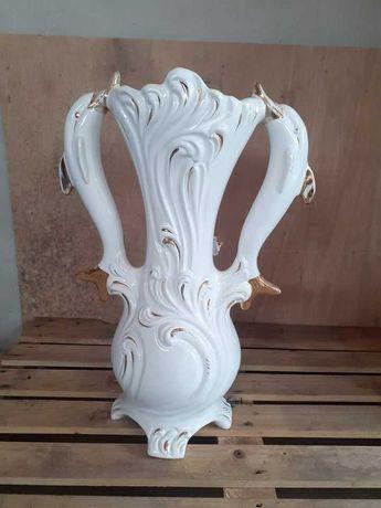 Vaso decorativo em porcelana