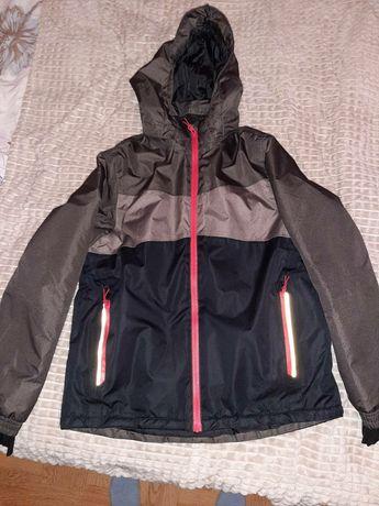 Лыжная курточка Crivit состояние новой