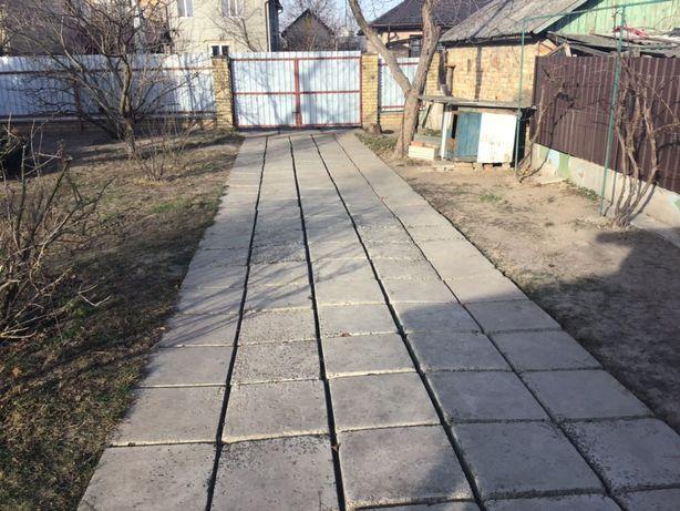 Парковка в частном секторе без гаража-1000 грн./м