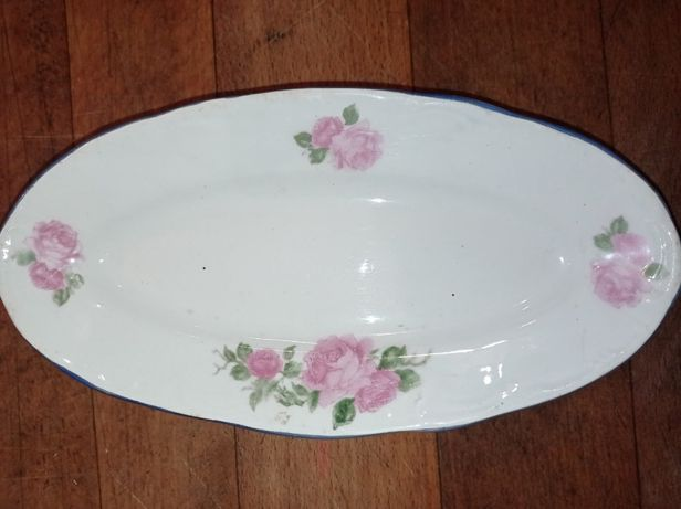 Блюдо Буди для рыбы розы 1920 год салатница селедочница деколь фаянс