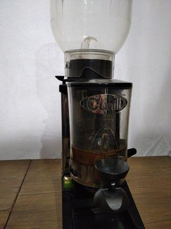 Кофемолка Cunill