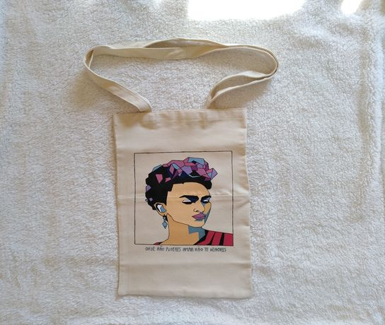 Saco Frida Kahlo (ler descrição)