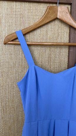 Голубое коктельное платье