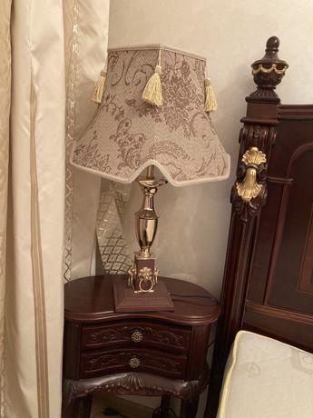 Лампа настольная,красивая