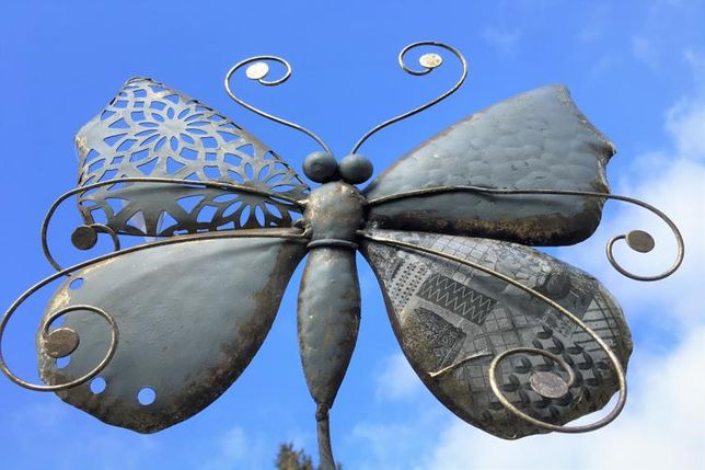 motyl metalowy do ogrodu dekoracja