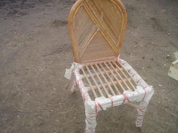 6 krzeseł + stól