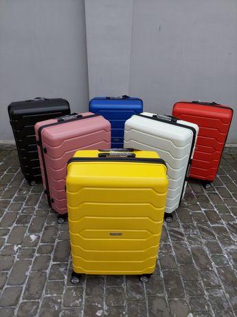 MADISON 01103 Франція 100 % polypropylene валізи чемодани сумки на кол