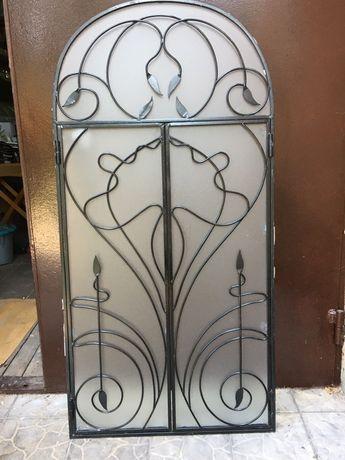 Стеклянная дверь/сервант/мини-бар