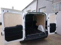 Fiat Doblo L1H1 Profesjonalne zabudowy aut dostawczych