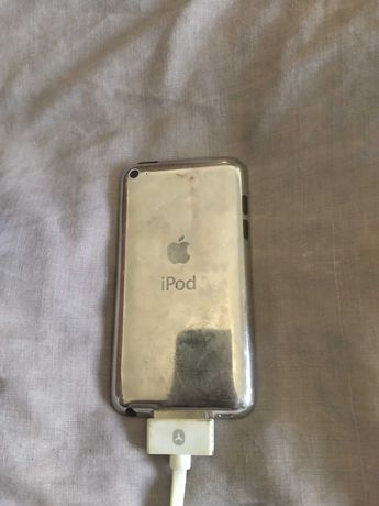 iPod 3G 8Gb em perfeito funcionamento