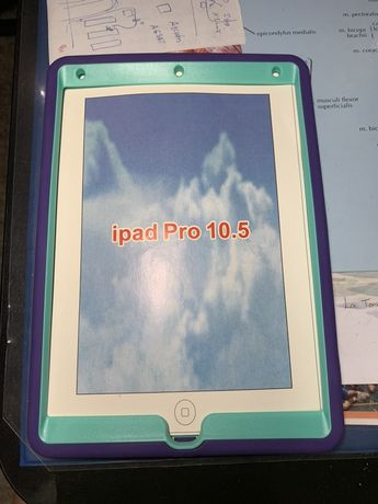Чехол на iPad Pro 10,5