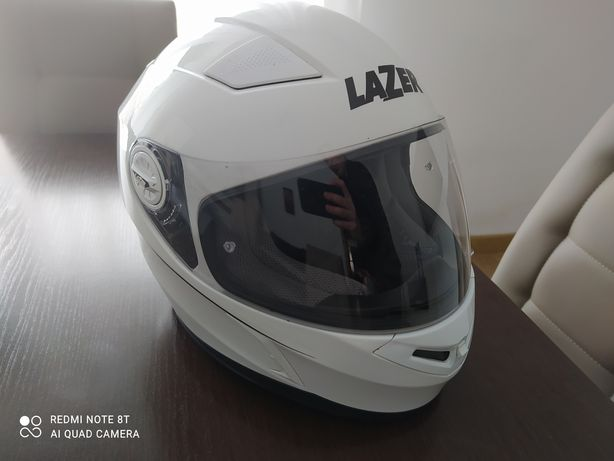 Kask motocyklowy lazer z blendą rozmiar M
