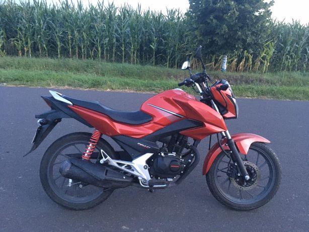 Motocykl Honda cb125f